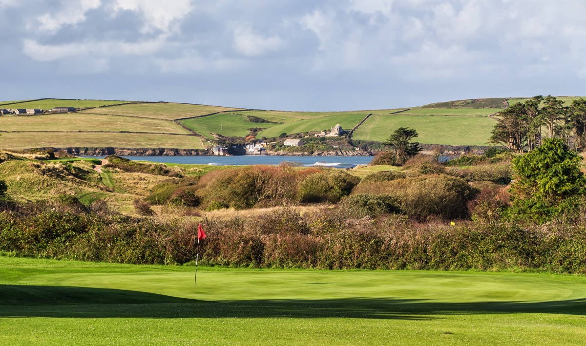 golf at st enodoc intrinsic to cornwall s rock life. Black Bedroom Furniture Sets. Home Design Ideas